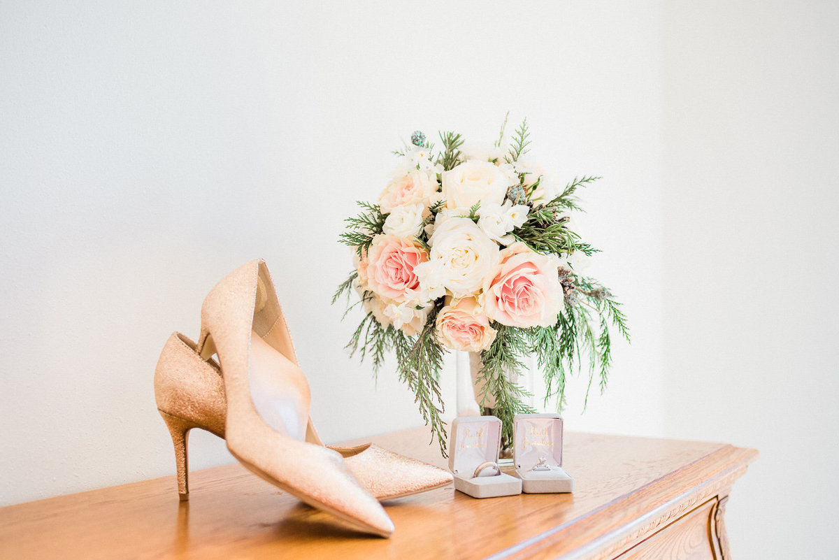 pretty in pink wedding details