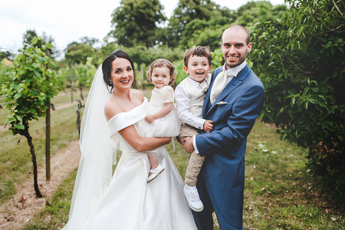 STANLAKE-WINE-ESTATE-WEDDING-CHURCH-RELAXED-0063