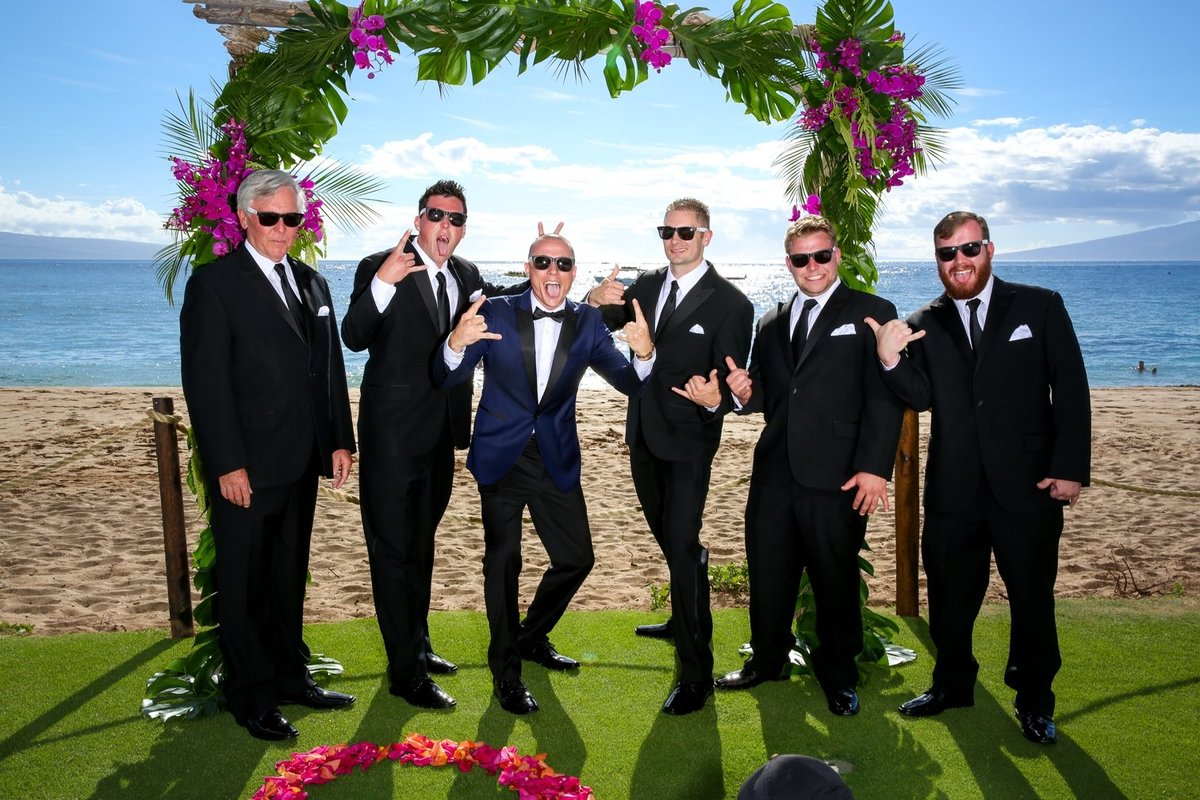 Capture Aloha Groom and Groomsmen at the beach