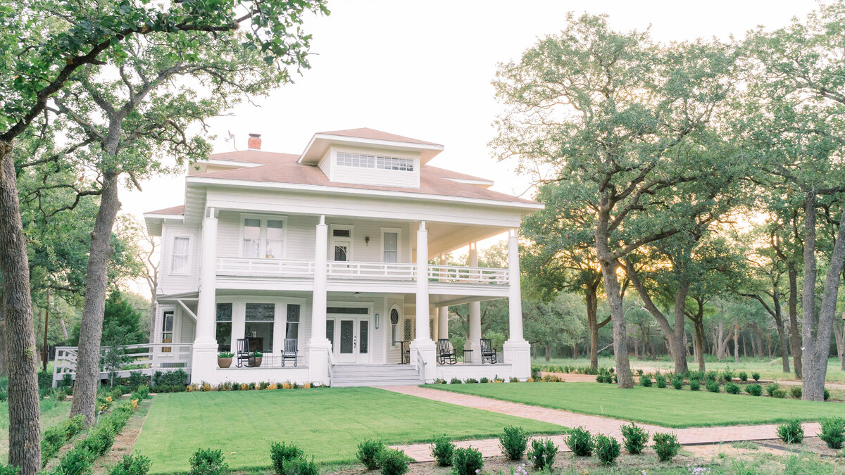 Austin Wedding Venue The Grand Lady