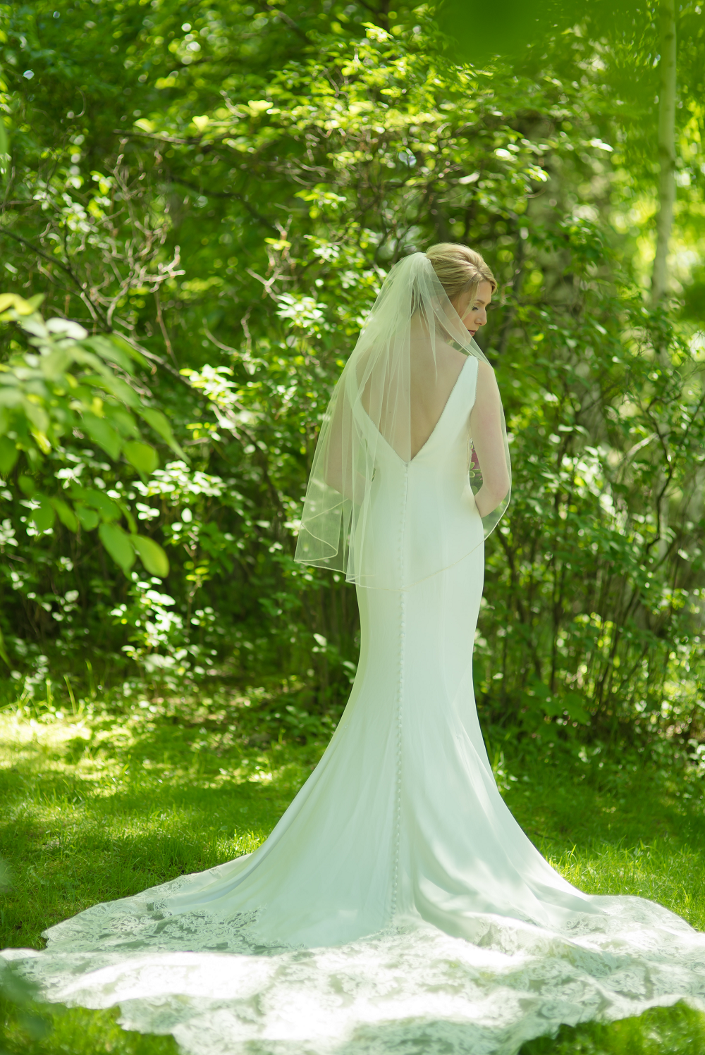 DESTINATION WEDDING IN TRAVERSE CITY WITH KRISTEN AND SCOTT Bridal Portrait