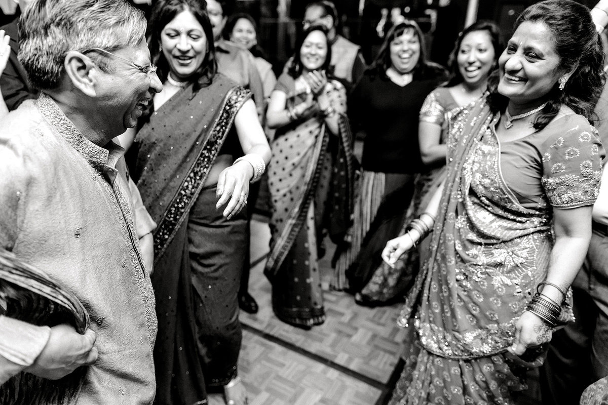 hindu-indian-wedding-photographer-virginia-beach049
