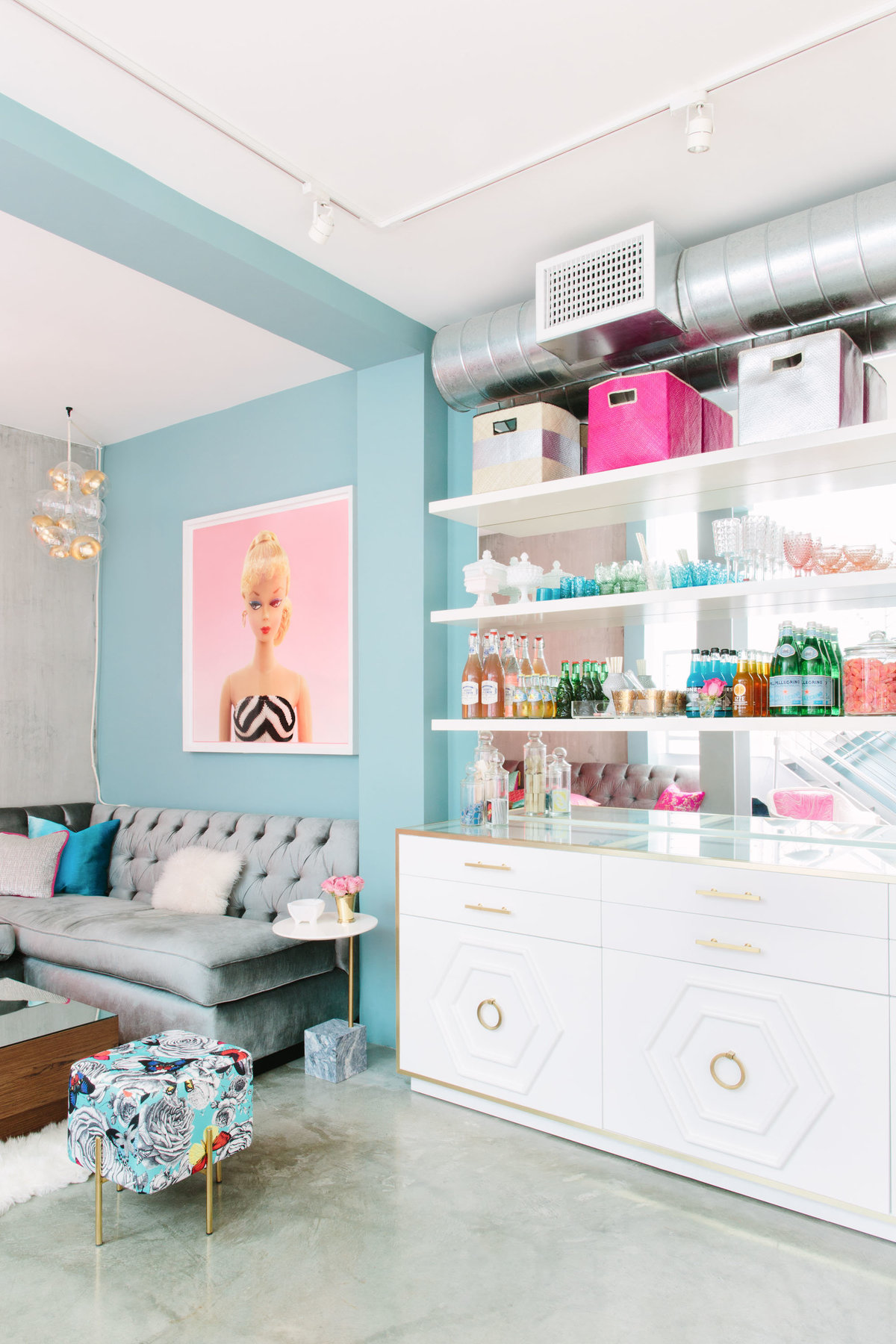 Glamour-Nest-Los-Angeles-Girly-Glamour-Interior-Living-Room-12