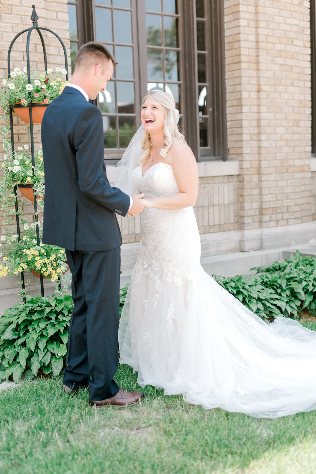 la poste perry iowa wedding photographer danielle+daniel-4752