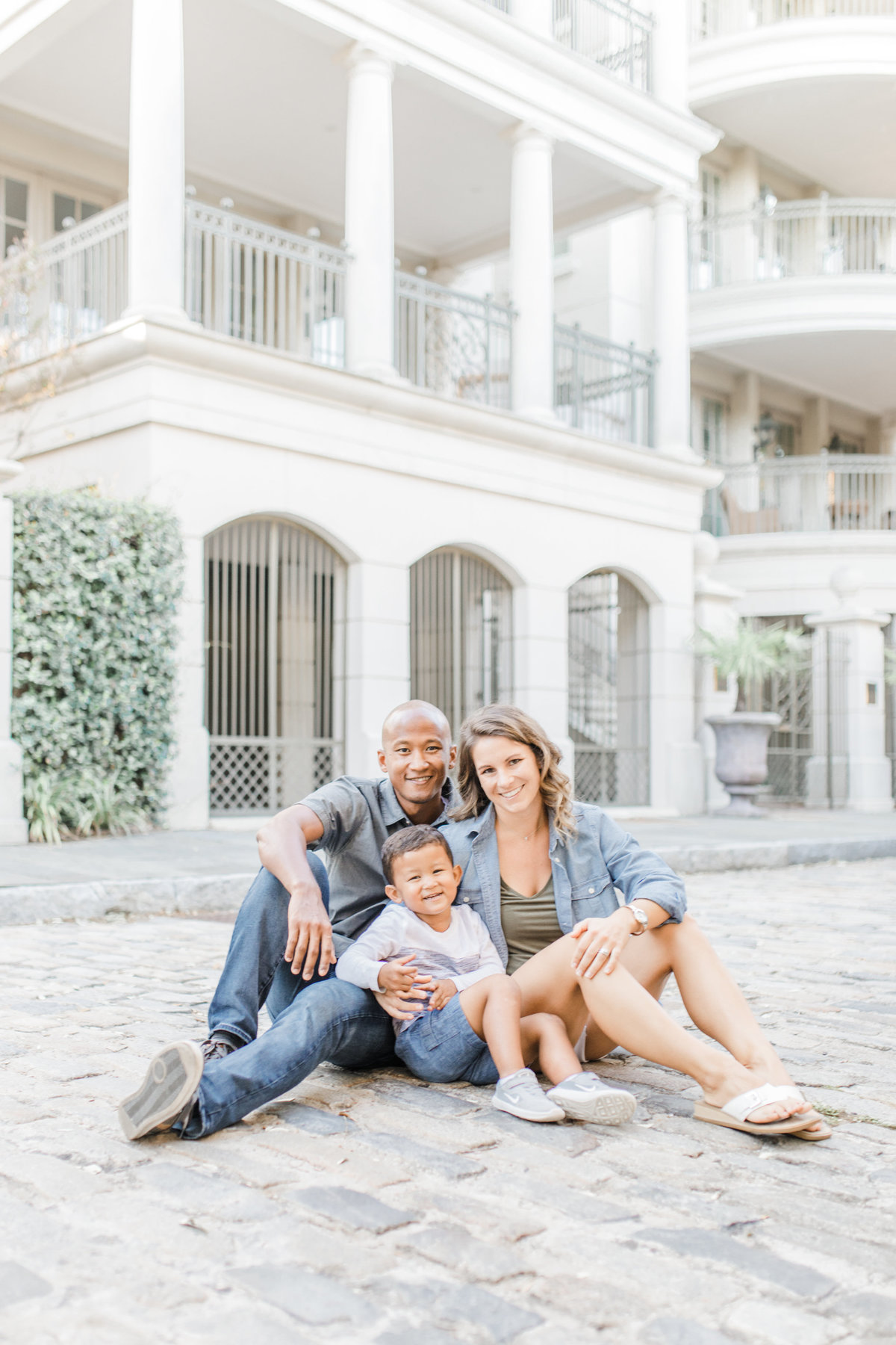 Downtown-Charleston-Family-Photos-Laura-Ryan-Photography-27