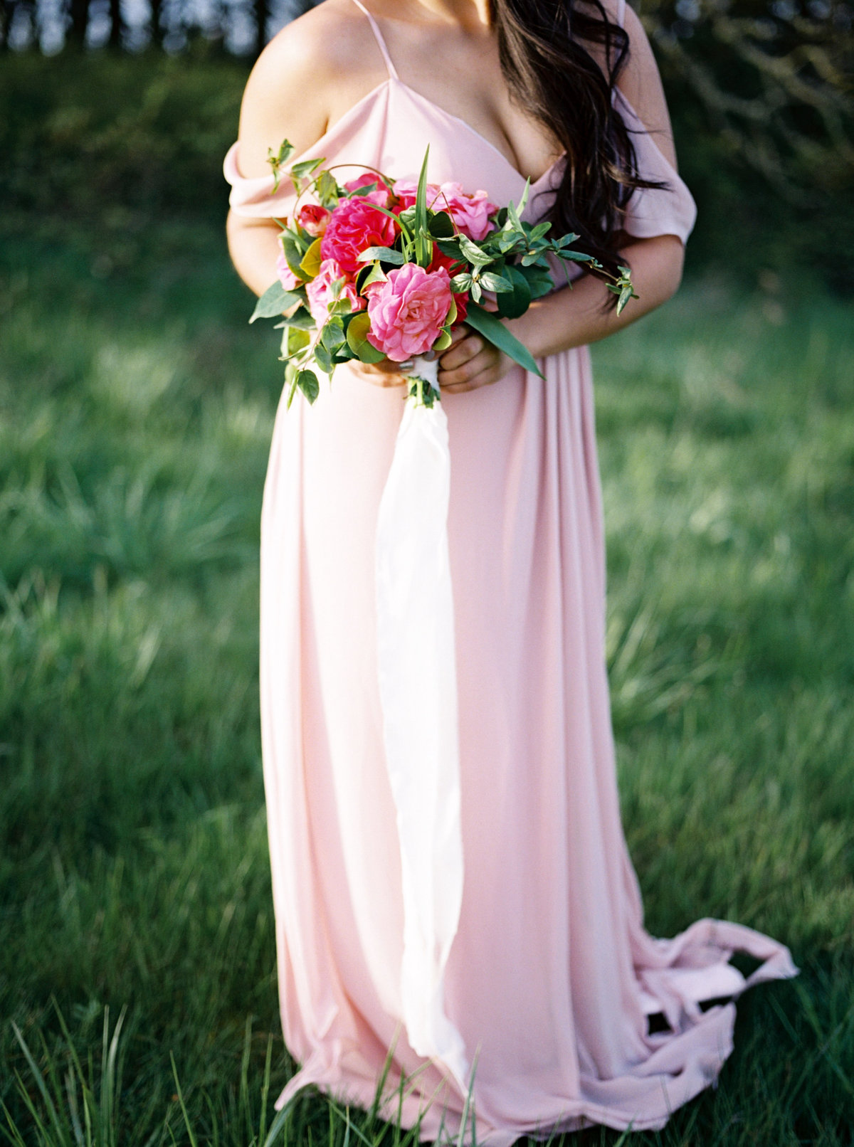 WHEN-SHE-KNEW-PHOTOGRAPHY-ADORN-MAGAZINE-ETHEREAL-BRIDAL-WEDDING-EDITORIAL-OREGON-31