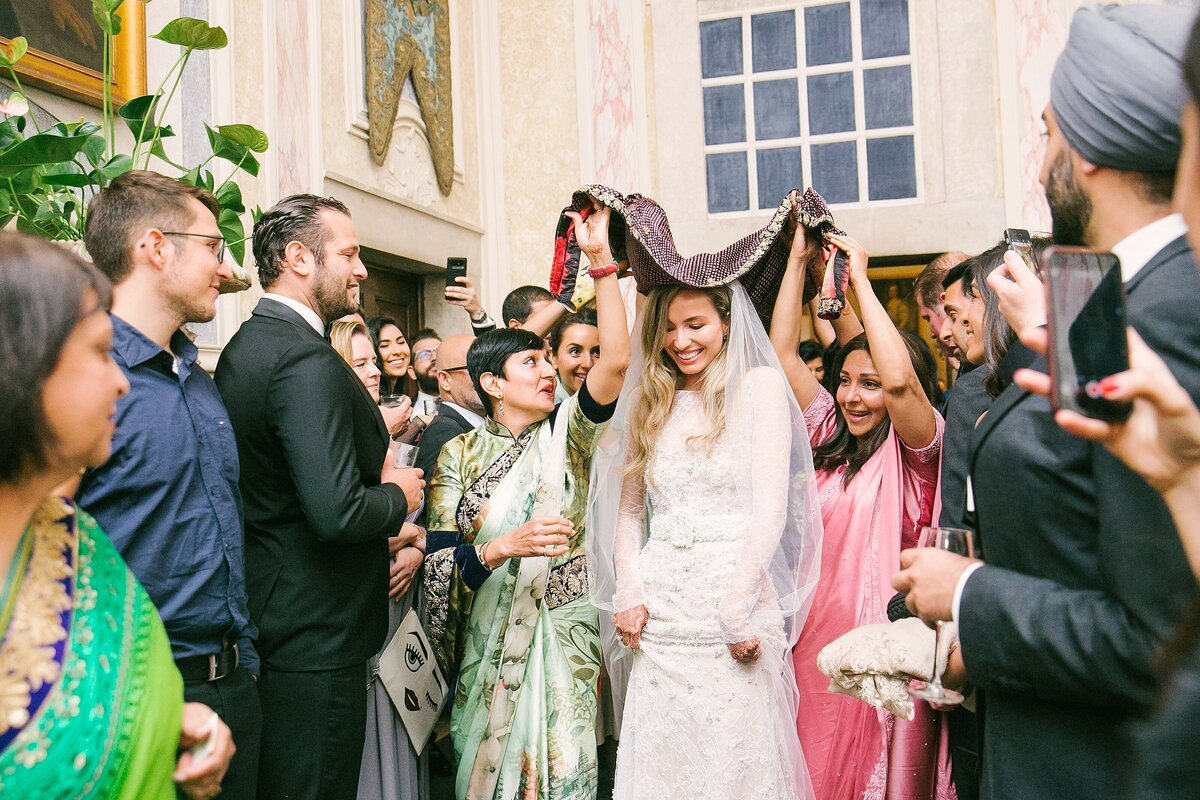 Lisbon-Multicultural-Elegant-Wedding-LauraClarkePhotos_0199