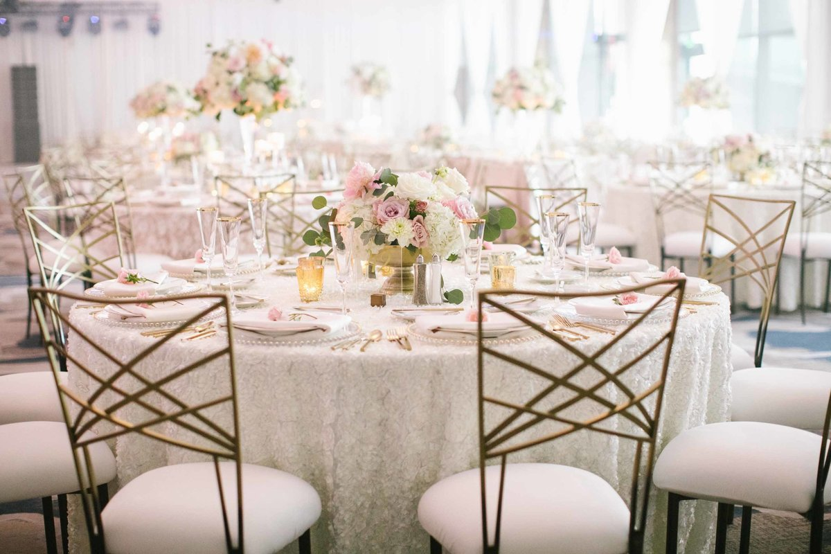 20Luxe-fusion-wedding-flora-nova-design