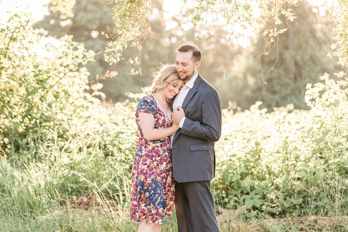 Snohomish_Wedding_Photographer_Engagement_photos_with_dog_Discovery_park