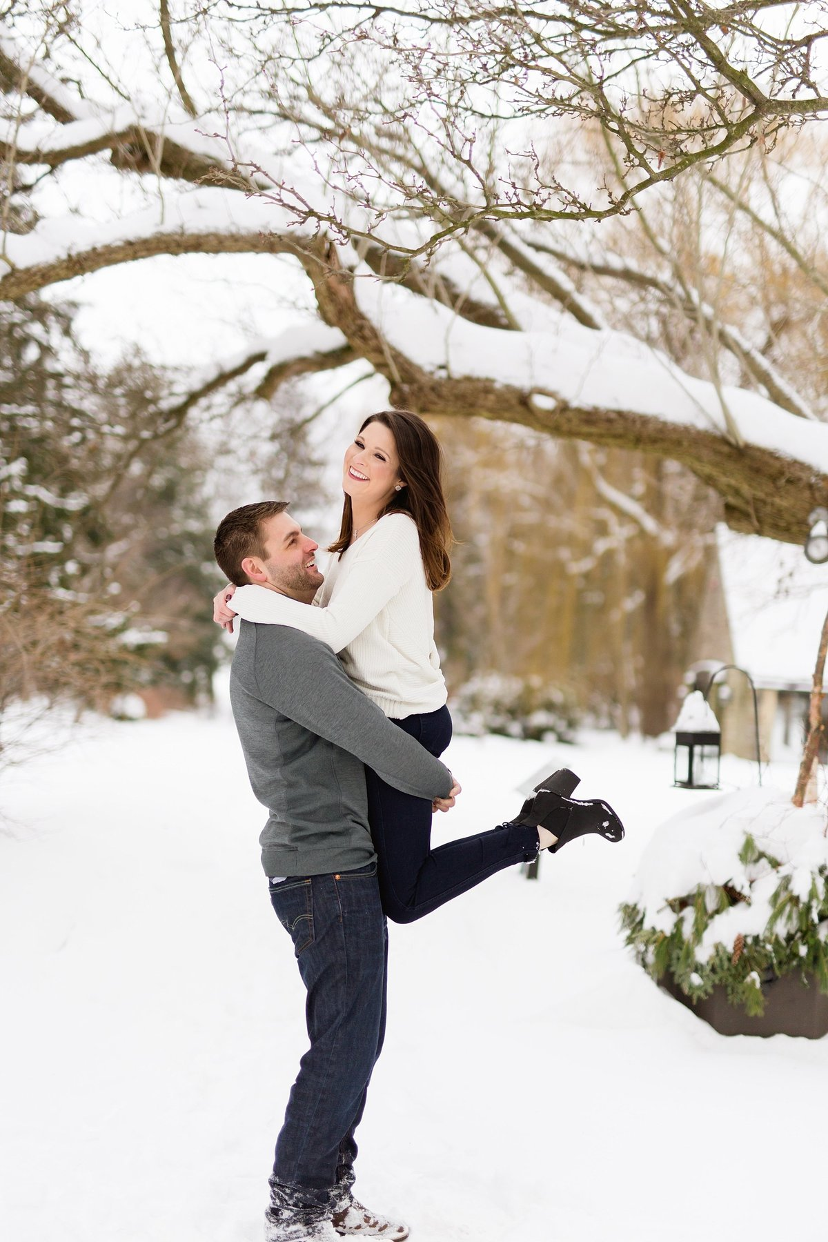 Angela-Blake-Winter-Engagement-Edsel-Eleanor-Ford-House-Breanne-Rochelle-Photography30