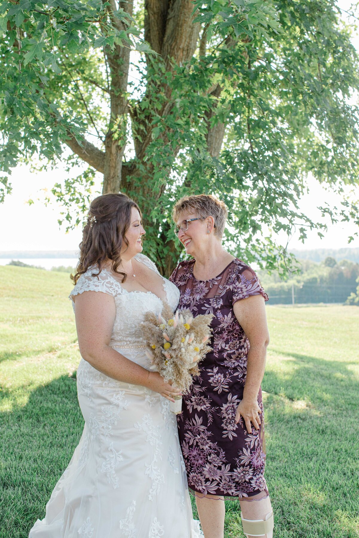 laura-ben-campbell-farm-white-lake-wedding-grey-loft-studio-2020-140