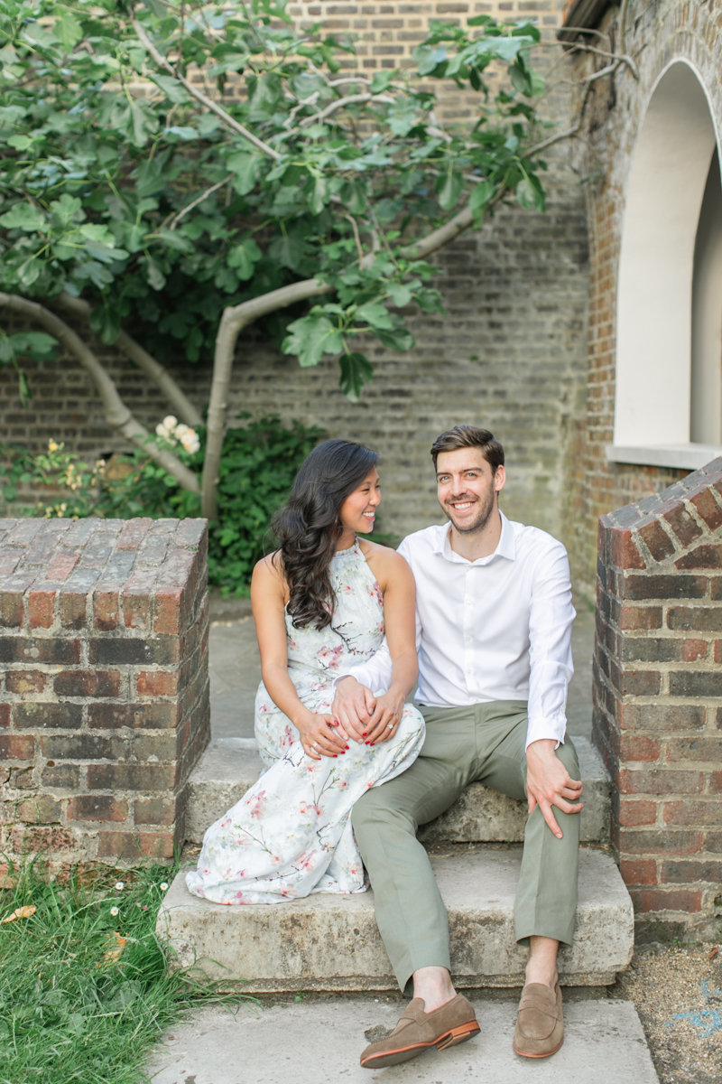 london-engagement-session-holland-park-roberta-facchini-photography-4