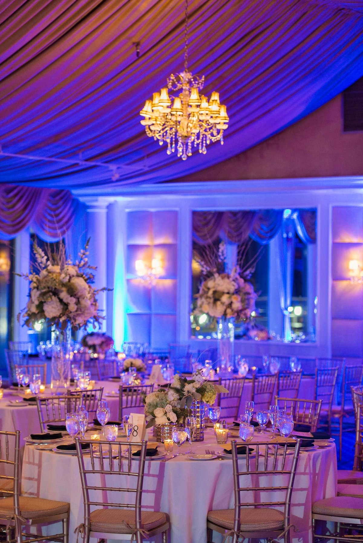 Ballroom decor at Bridgeview Yacht Club