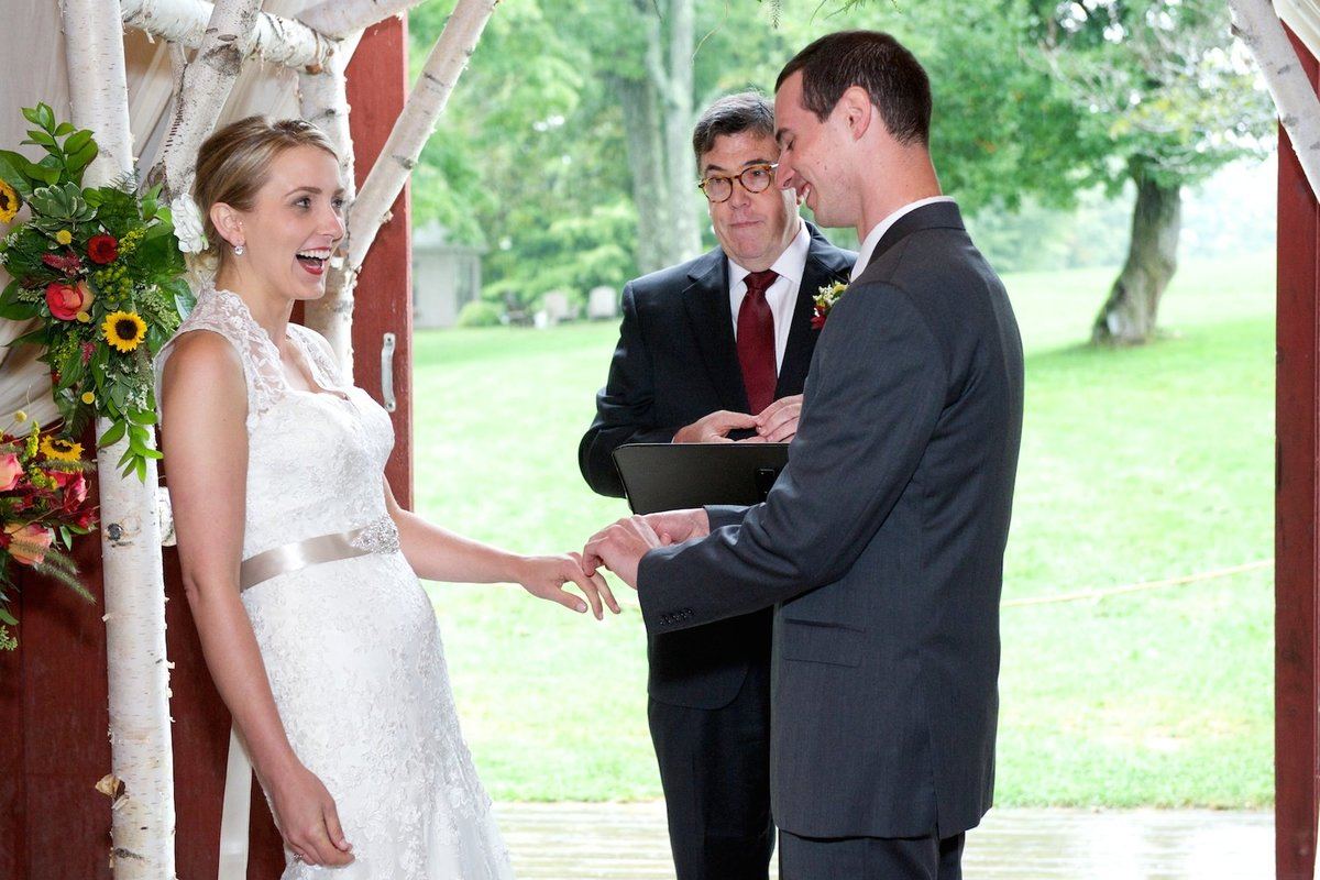 fun and candid wedding photos in Vermont