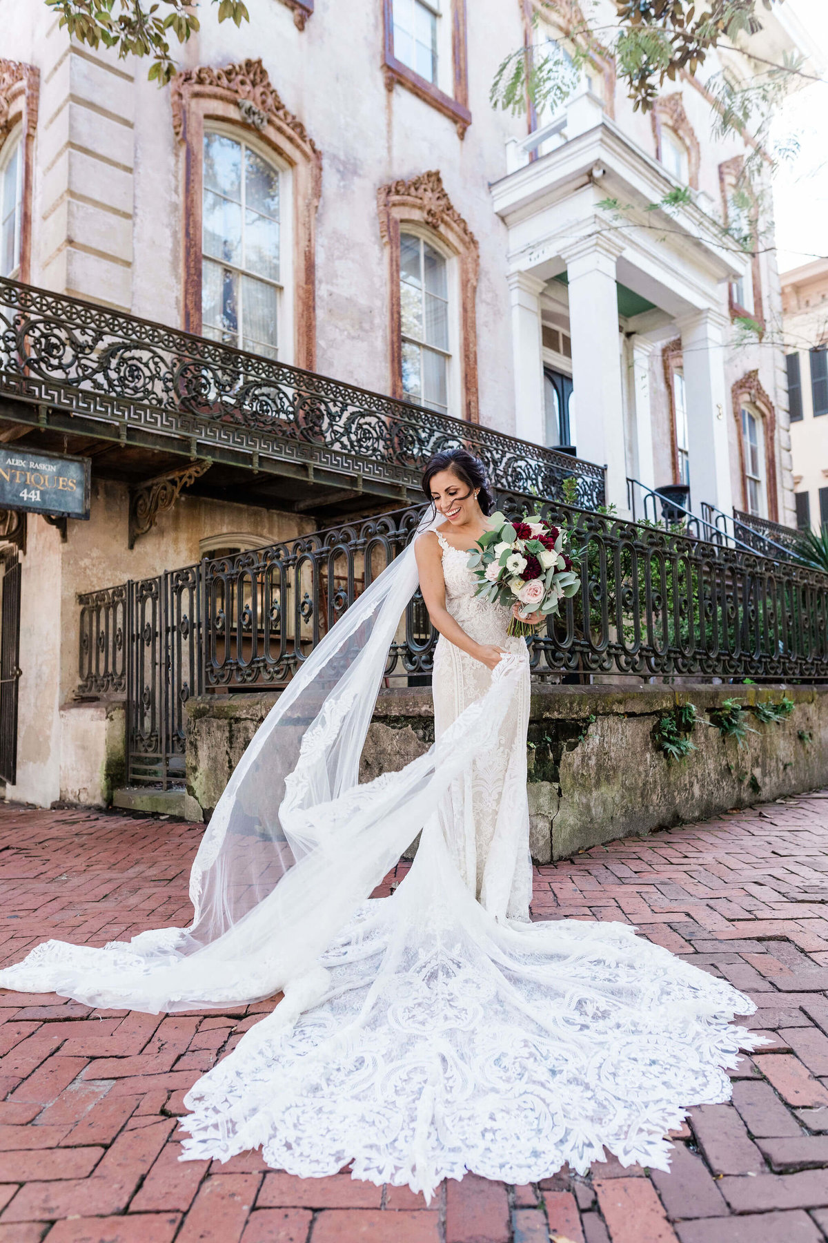 Bridal portraits in Historic Savannah by Apt. B Photography