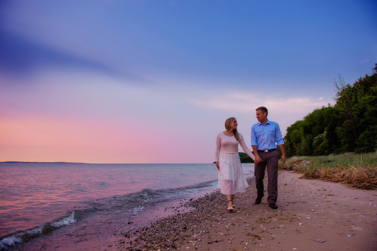northern michigan engagement portrait photographers