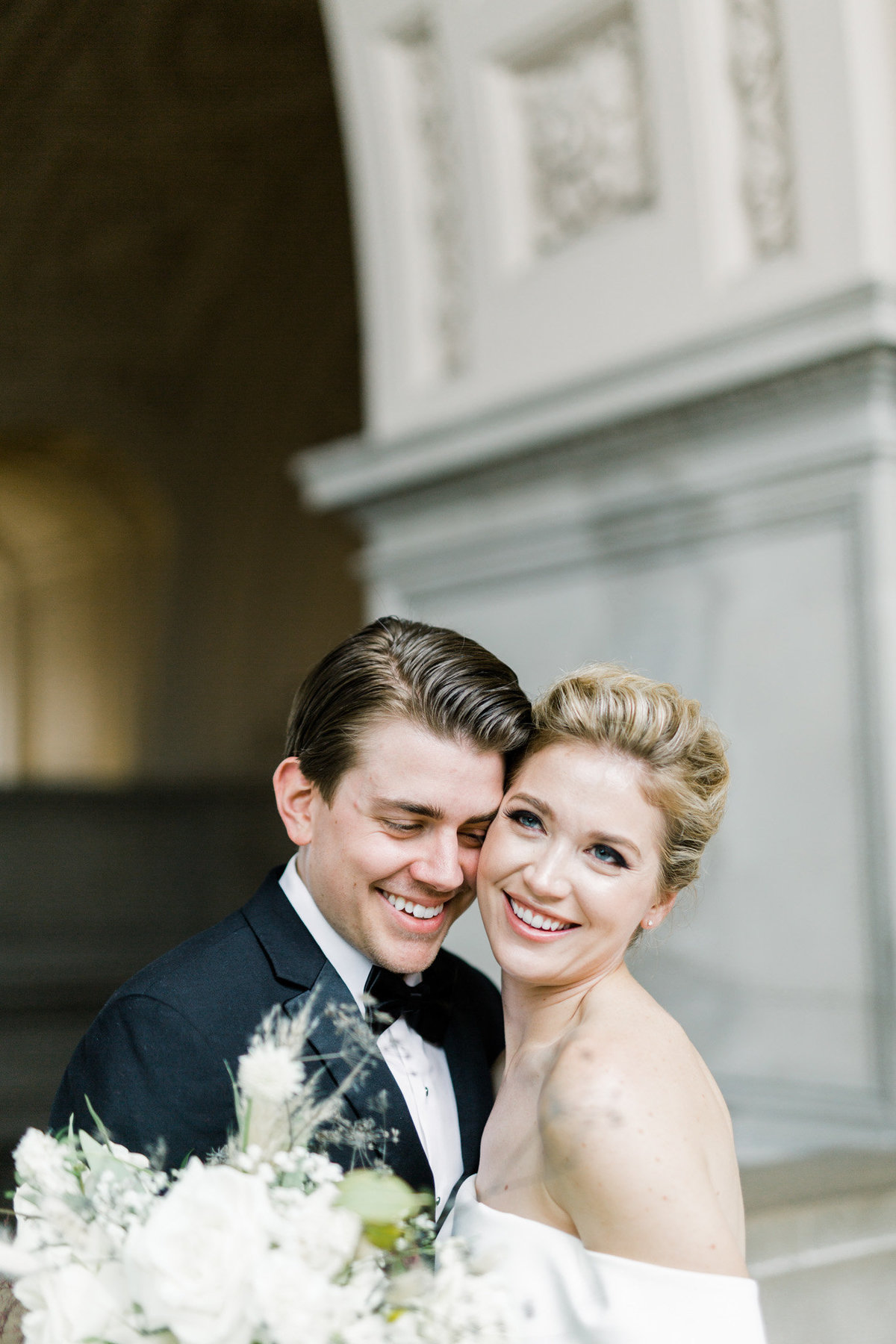 SanFranciscoCityHallWeddingPhotographer_SanFranciscoCityHallWedding_2019-Andrew_and_Ada_Photography-562