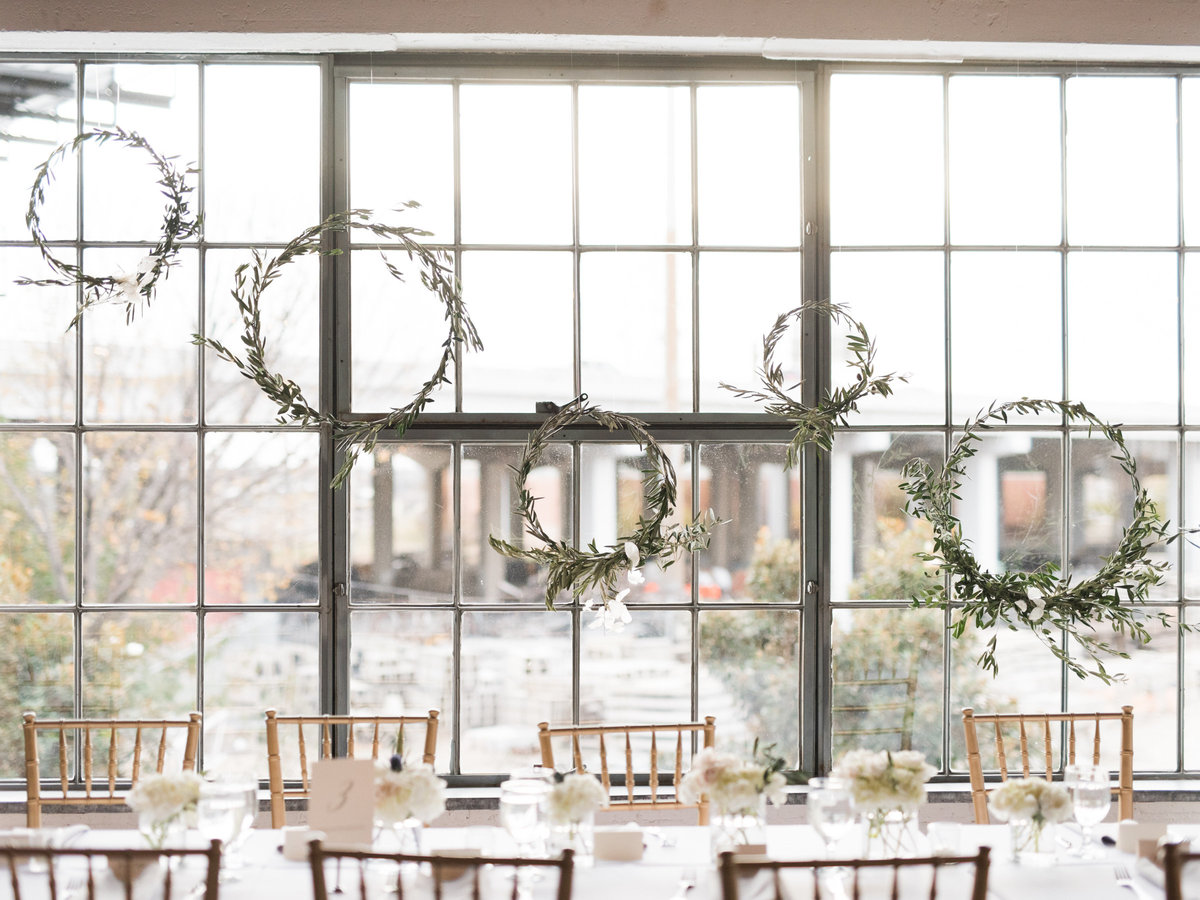 Courtney Hanson Photography - Festive Holiday Wedding in Dallas at Hickory Street Annex-1188