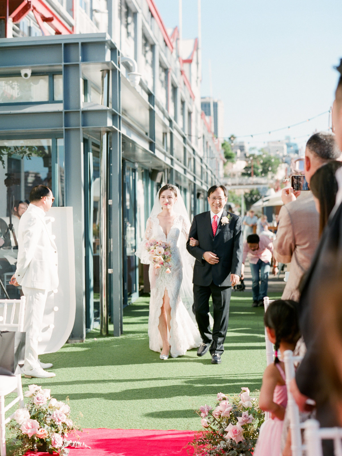 luxurious waterfront sydney pier one wedding jack stephanie0033