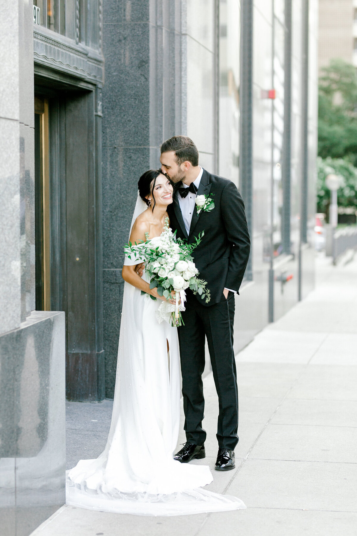 Hope & Zack's Wedding at the Carlisle Room | Dallas Wedding Photographer | Sami Kathryn Photography-87