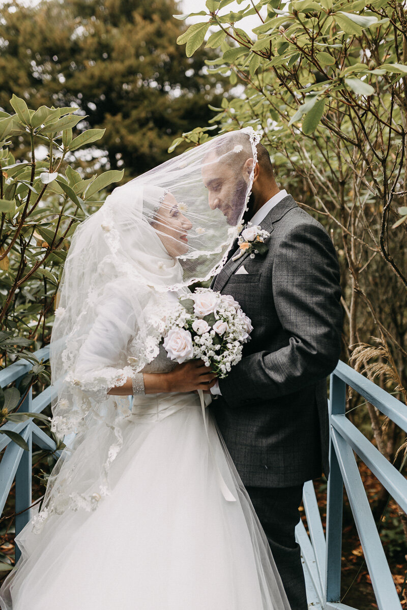 Johnston_Gardens_Autumn_Wedding_Veil