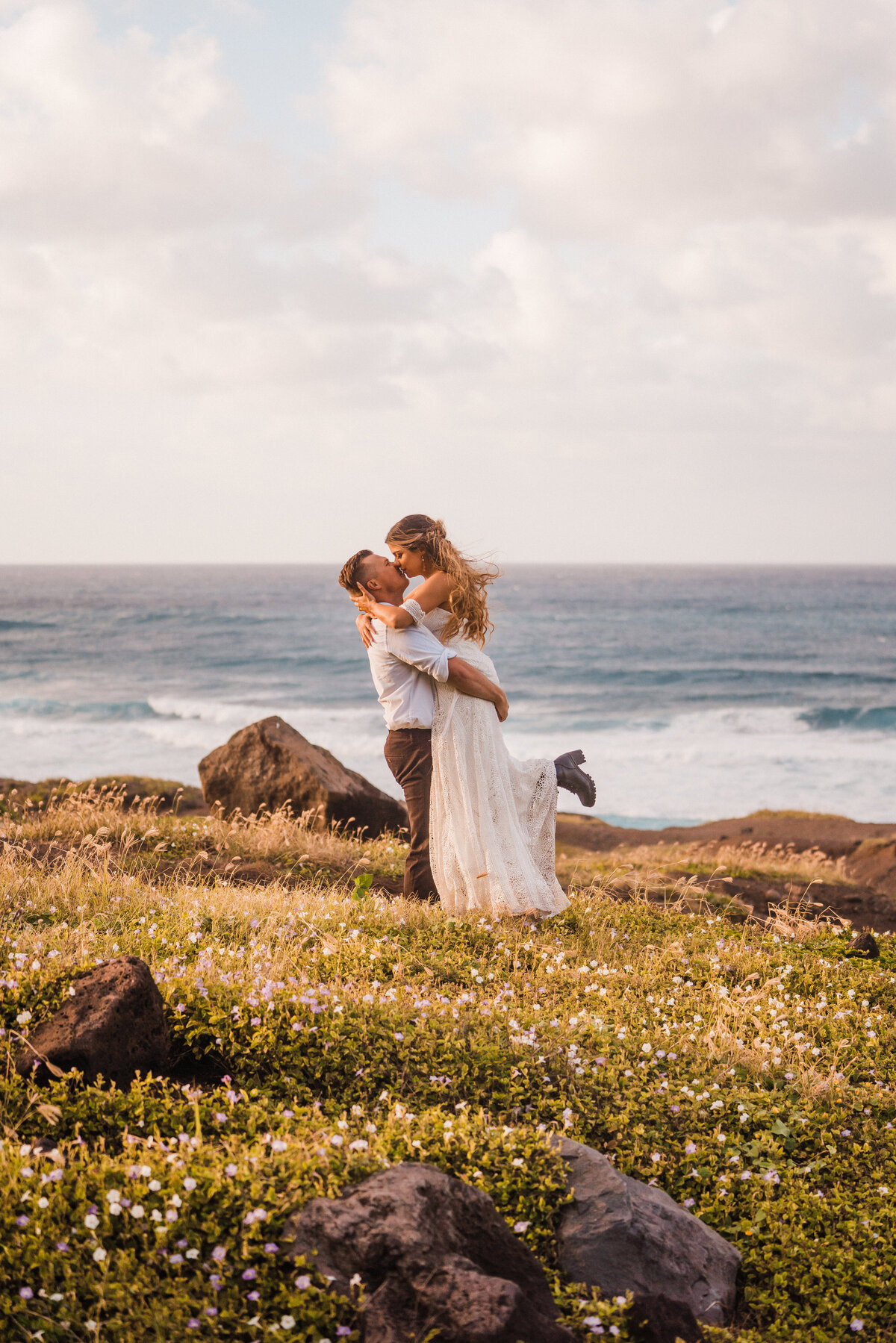 north-shore-elopement-hawaii-adventure-elopement-photographer-4