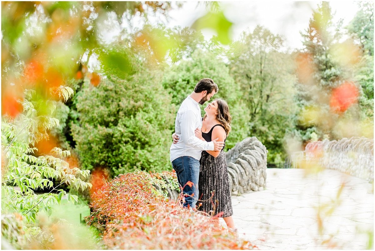 spencer-park-bridge-engagement-session-fall