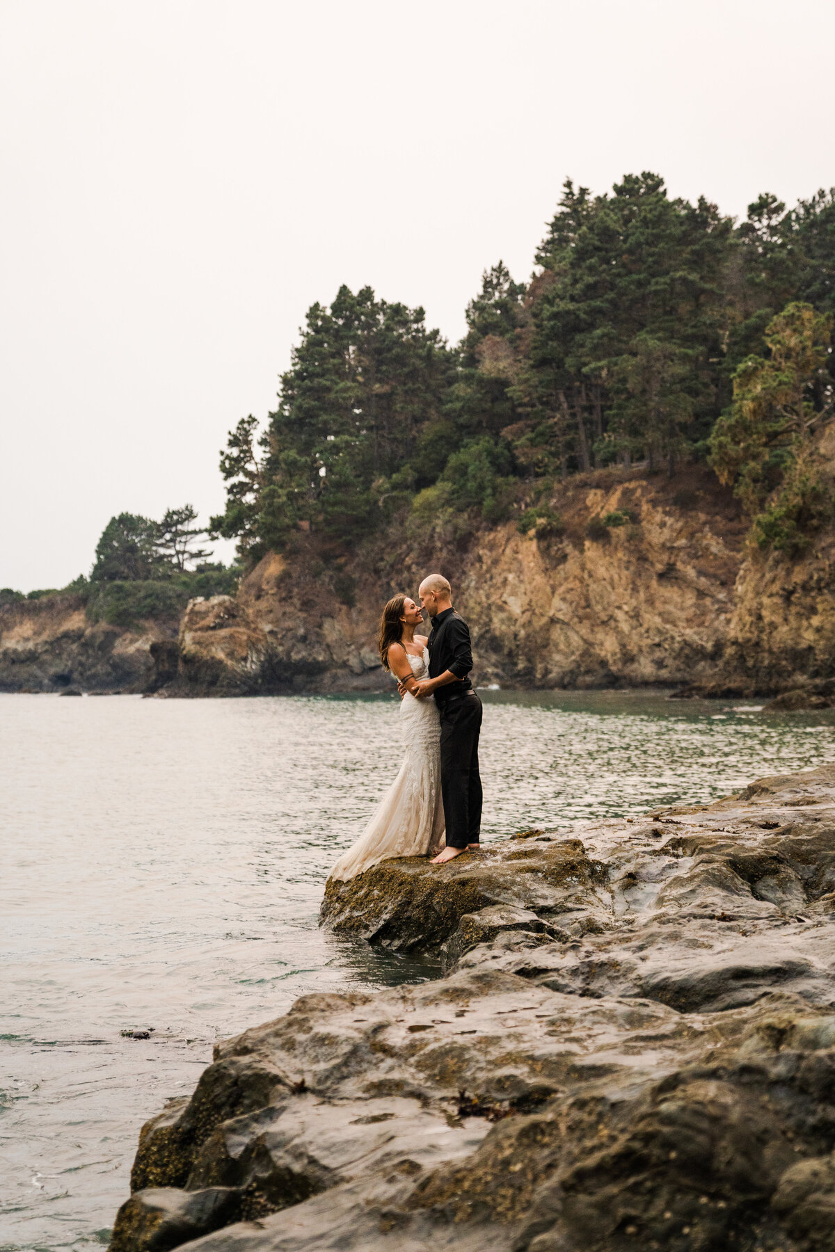 redwood-forest-coastal-elopement-kayl-scotty-california-elopement-photographer-13