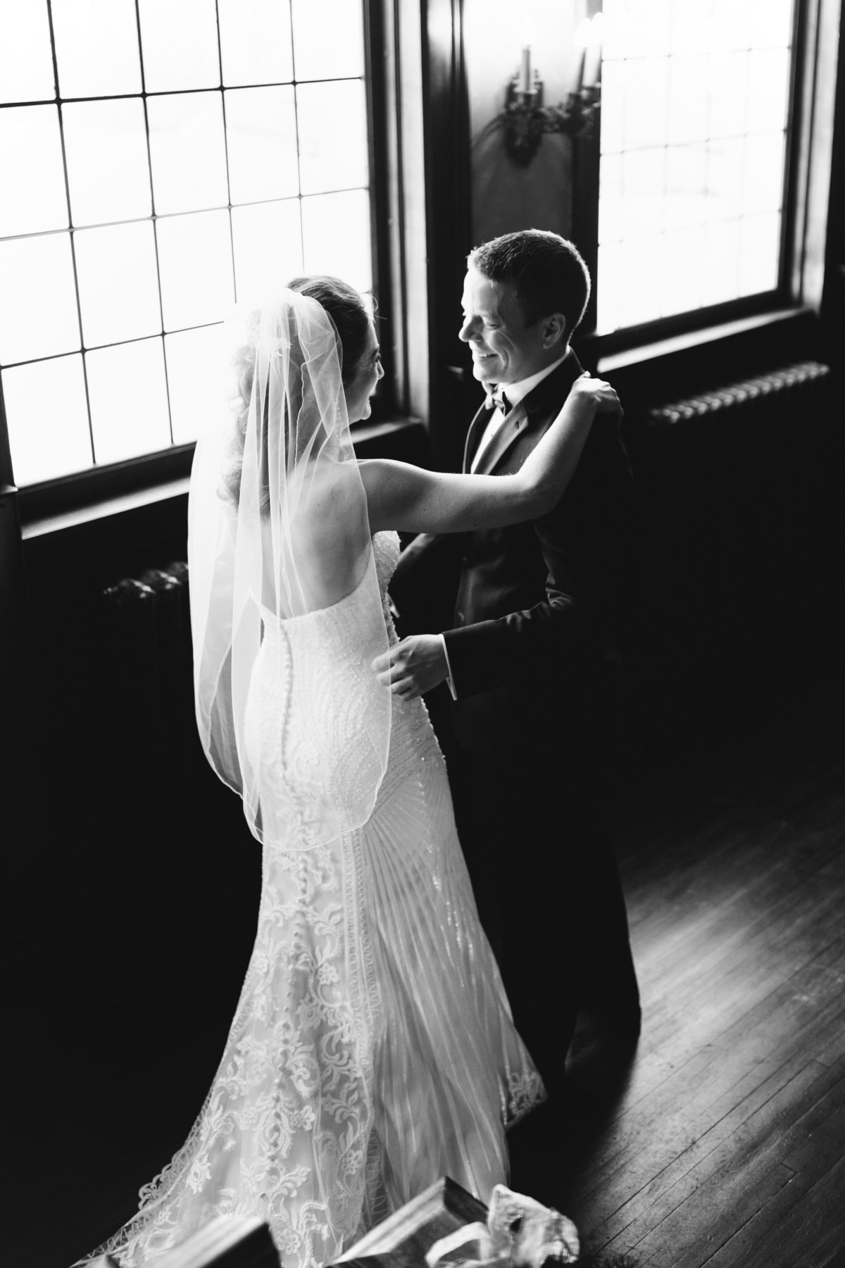 semple-mansion-february-winter-minneapolis-wedding-21