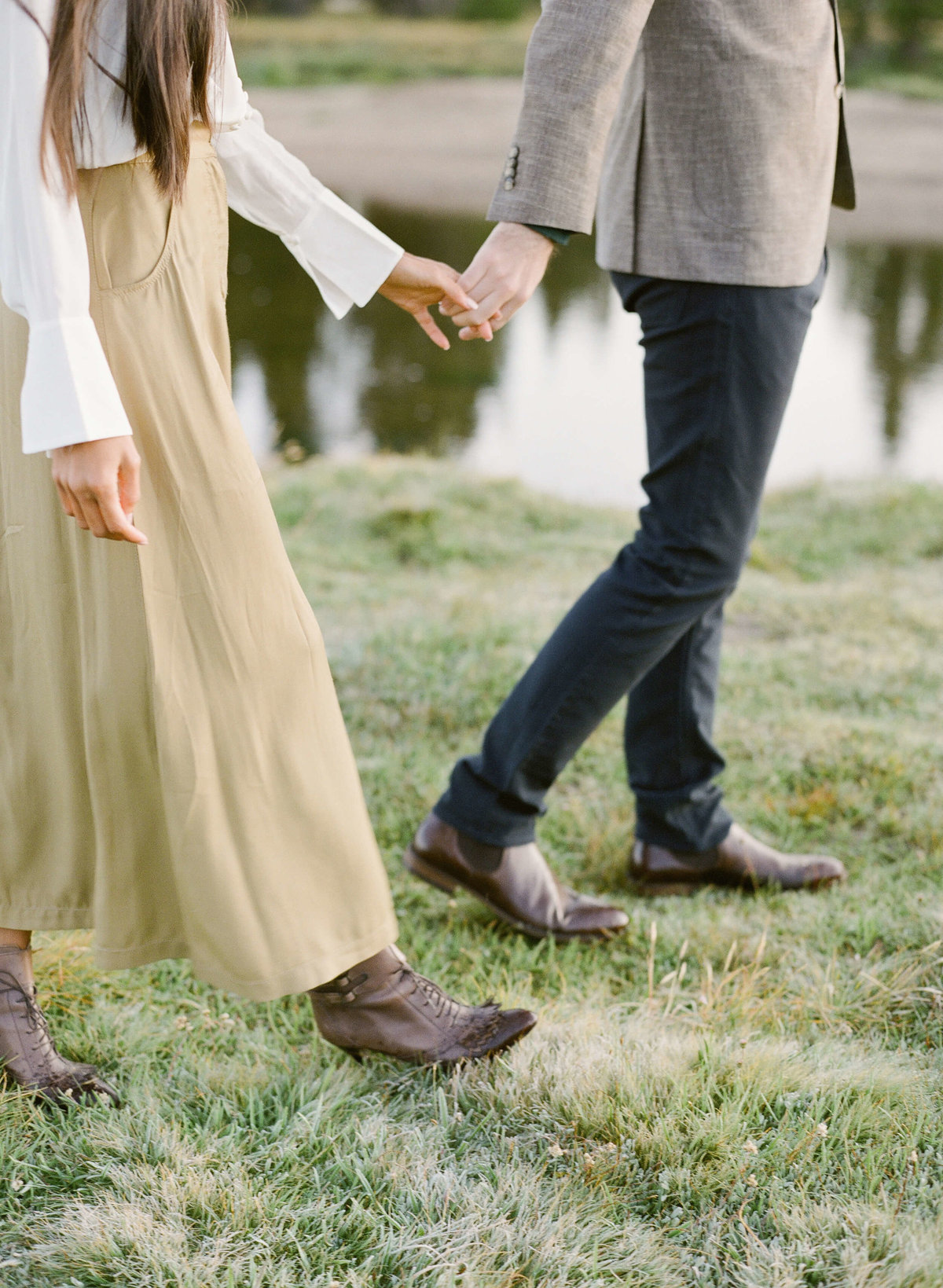26-KTMerry-engagement-photography-holding-hands-Yosemite-park