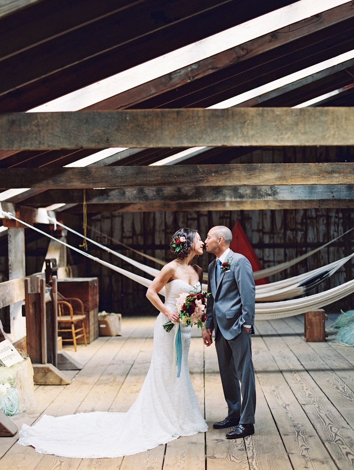 Modern moody wedding in Astoria Oregon
