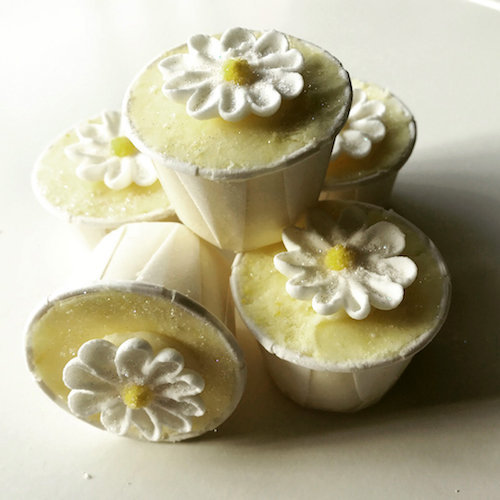 lemon drizzle bath creamers