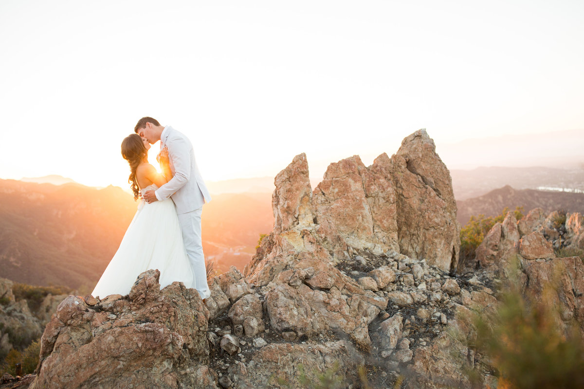 sam_bryan_malibu_rocky_oaks_wedding_photos-2