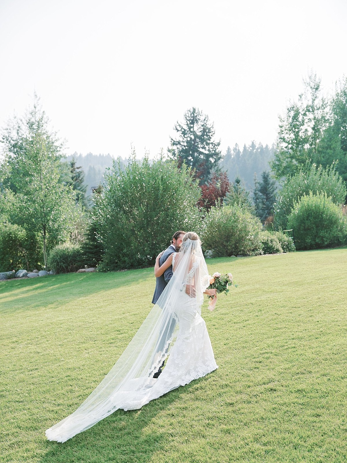 rainbow.ranch.big.sky.montana.wedding.simplysarah.photography38