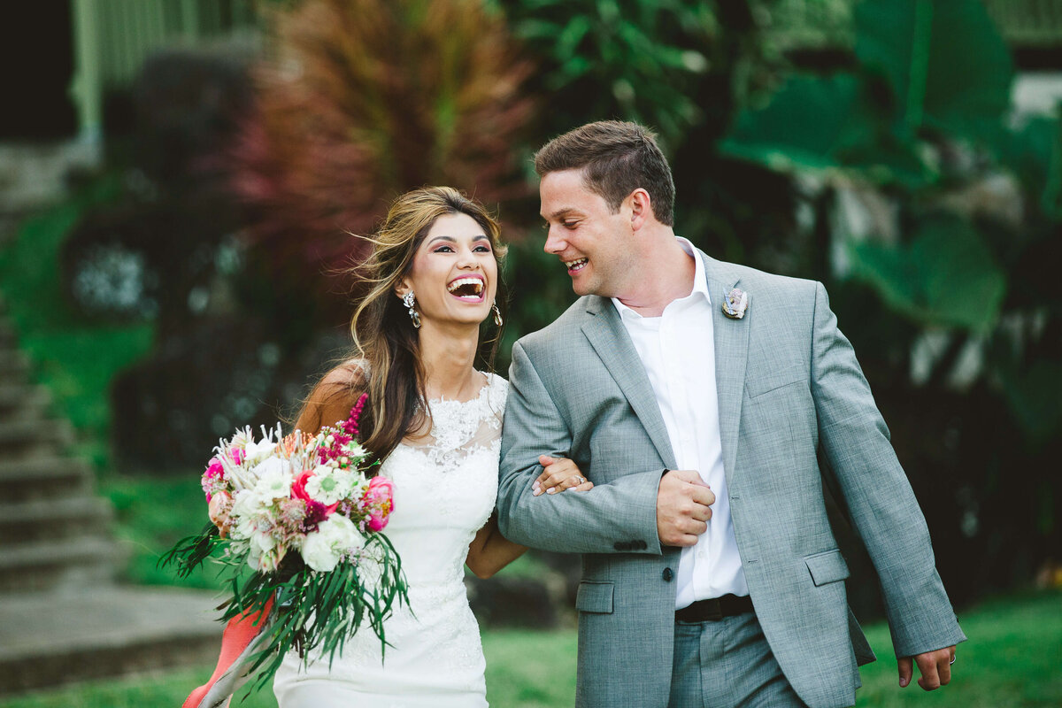 Colorful wedding photography by Izzy + Co. - Hawaii Destination Wedding Photographer