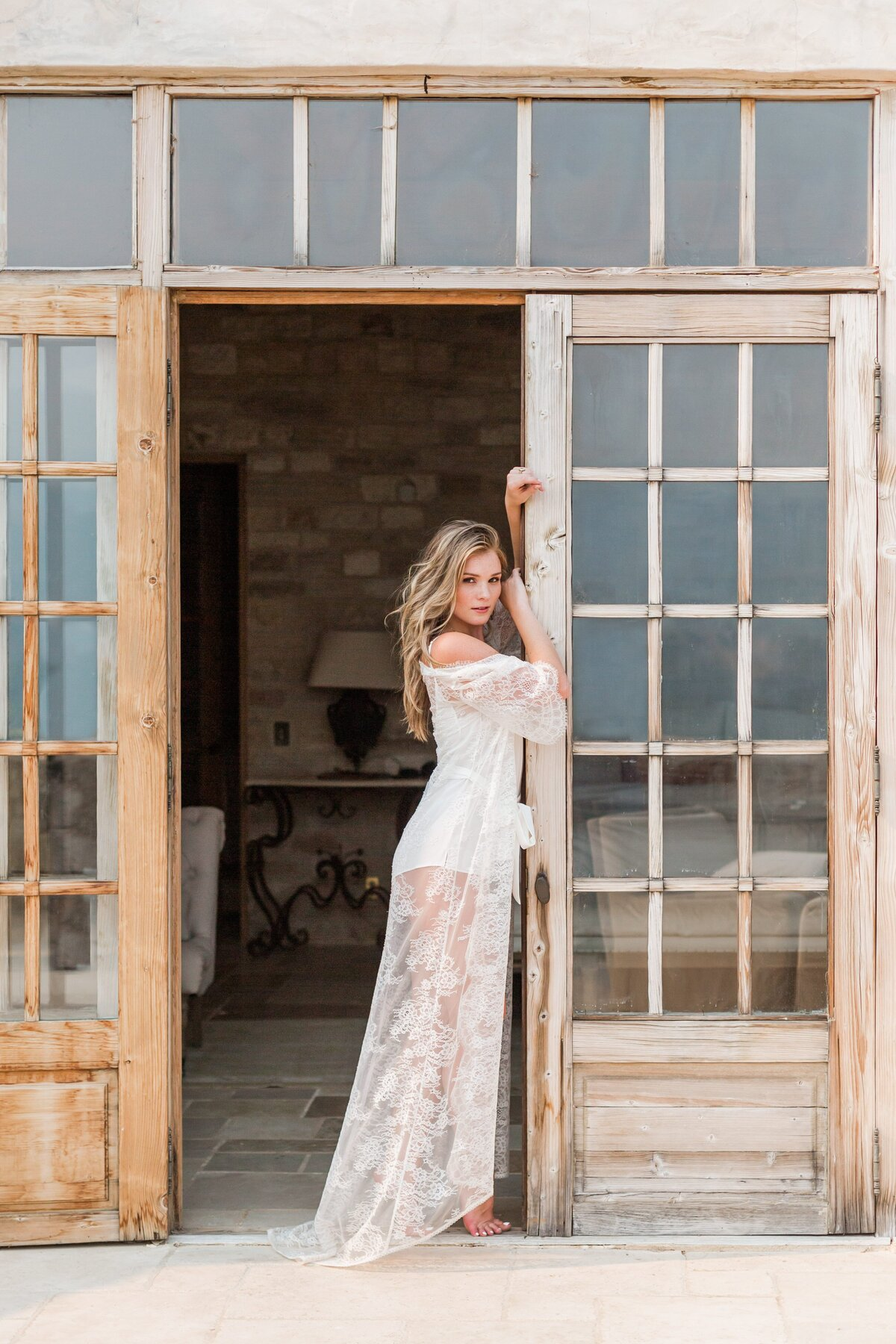 sunstone-villa-boudoir-bridal-suite-model-0015