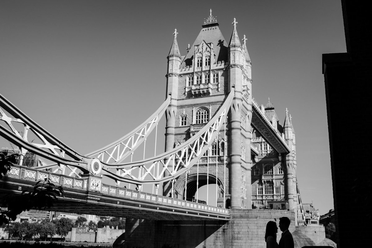 engagement-photographer-london-tower-bridge