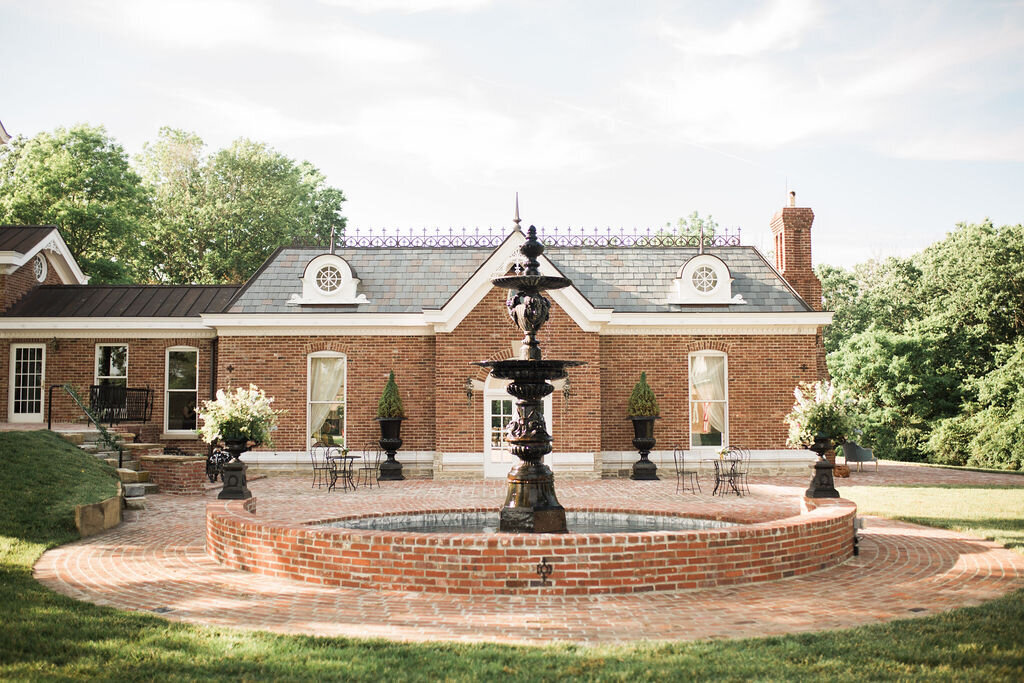 Lynwood Estate - Luxury Kentucky Wedding Venue - Historic Property 00004