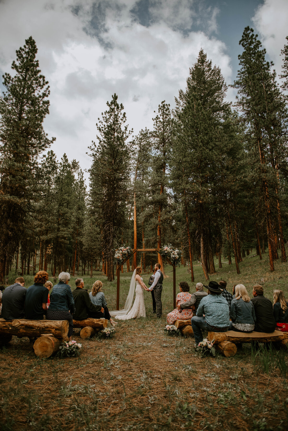 ochoco-forest-central-oregon-elopement-pnw-woods-wedding-covid-bend-photographer-inspiration2123