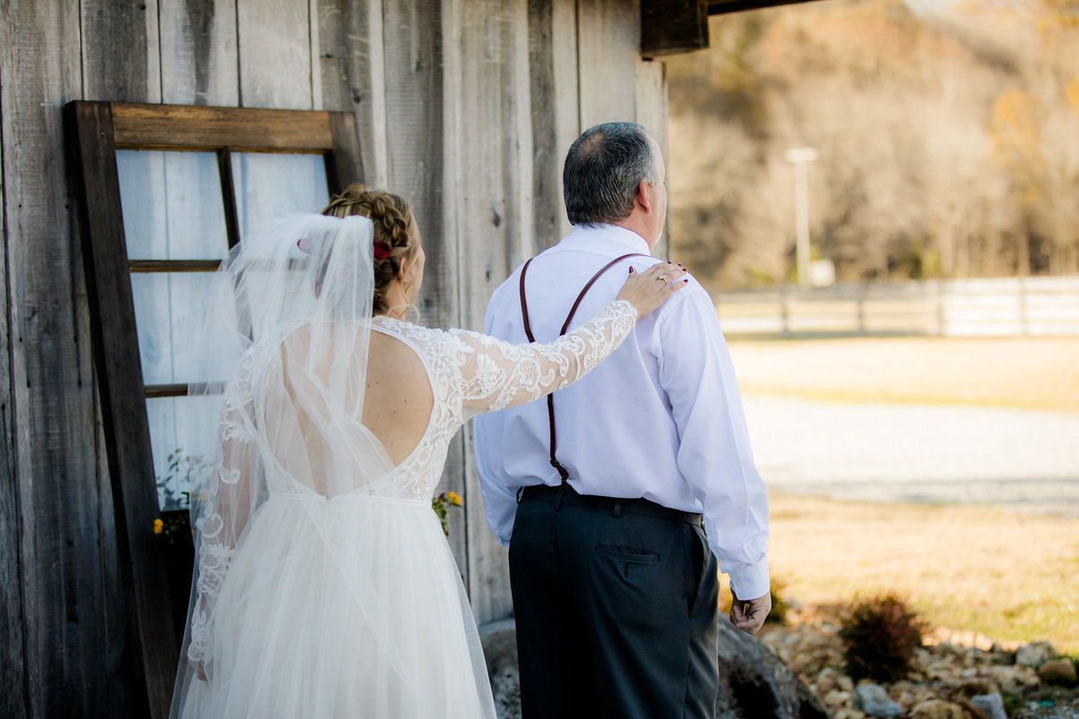 Cactus Creek Barn - Dickson Wedding - Dickson TN - Outdoor Weddings - Outdoor Wedding - Nashville Wedding - Nashville Weddings - Nashville Wedding Photographer - Nashville Wedding Photographers039
