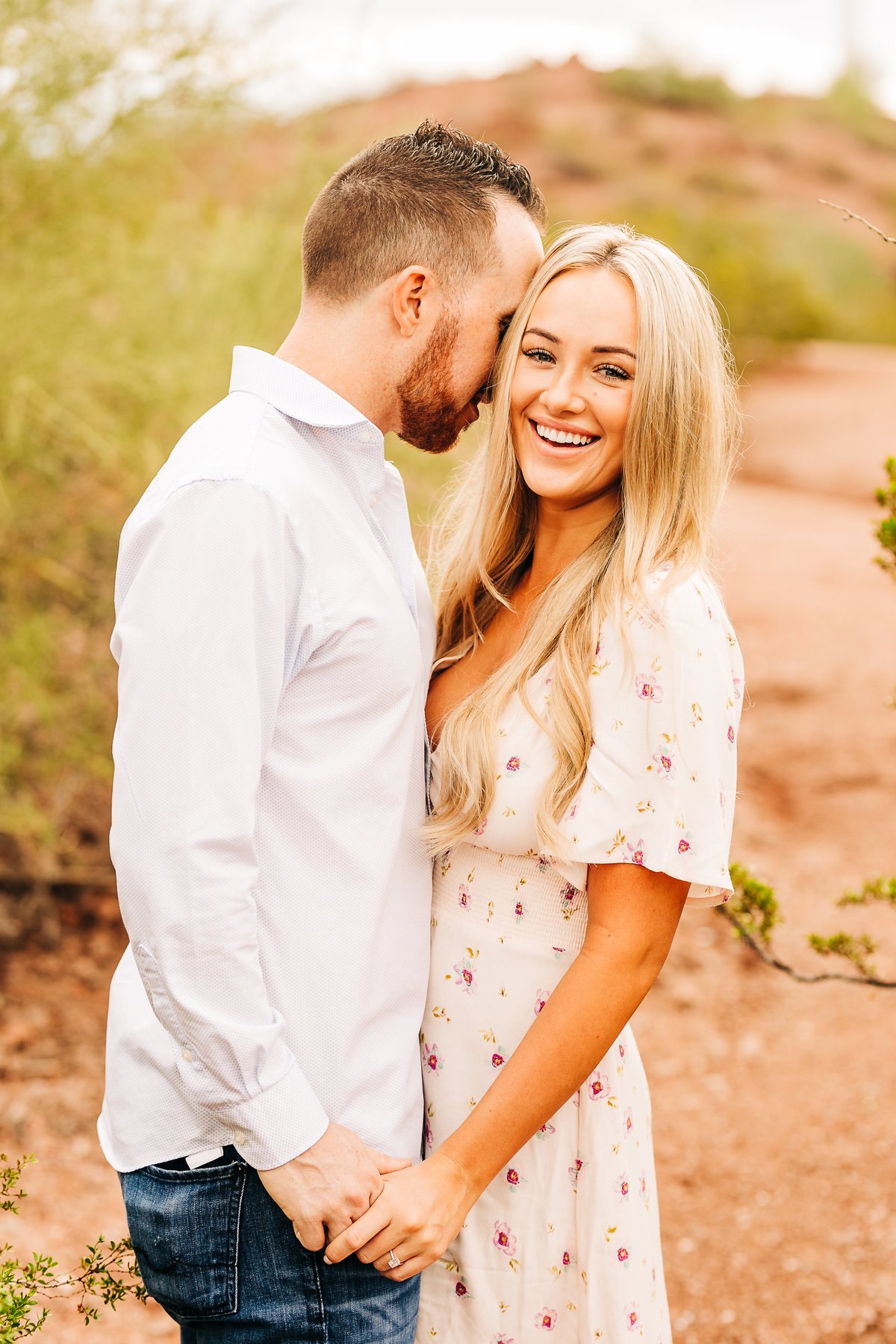 Savannah + Colin - Engagement Session - Lunabear Studios-47