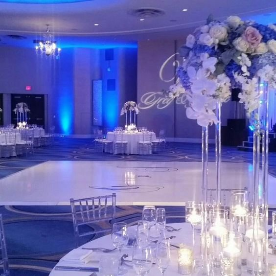 Acrylic centerpiece fontainebleu weddings