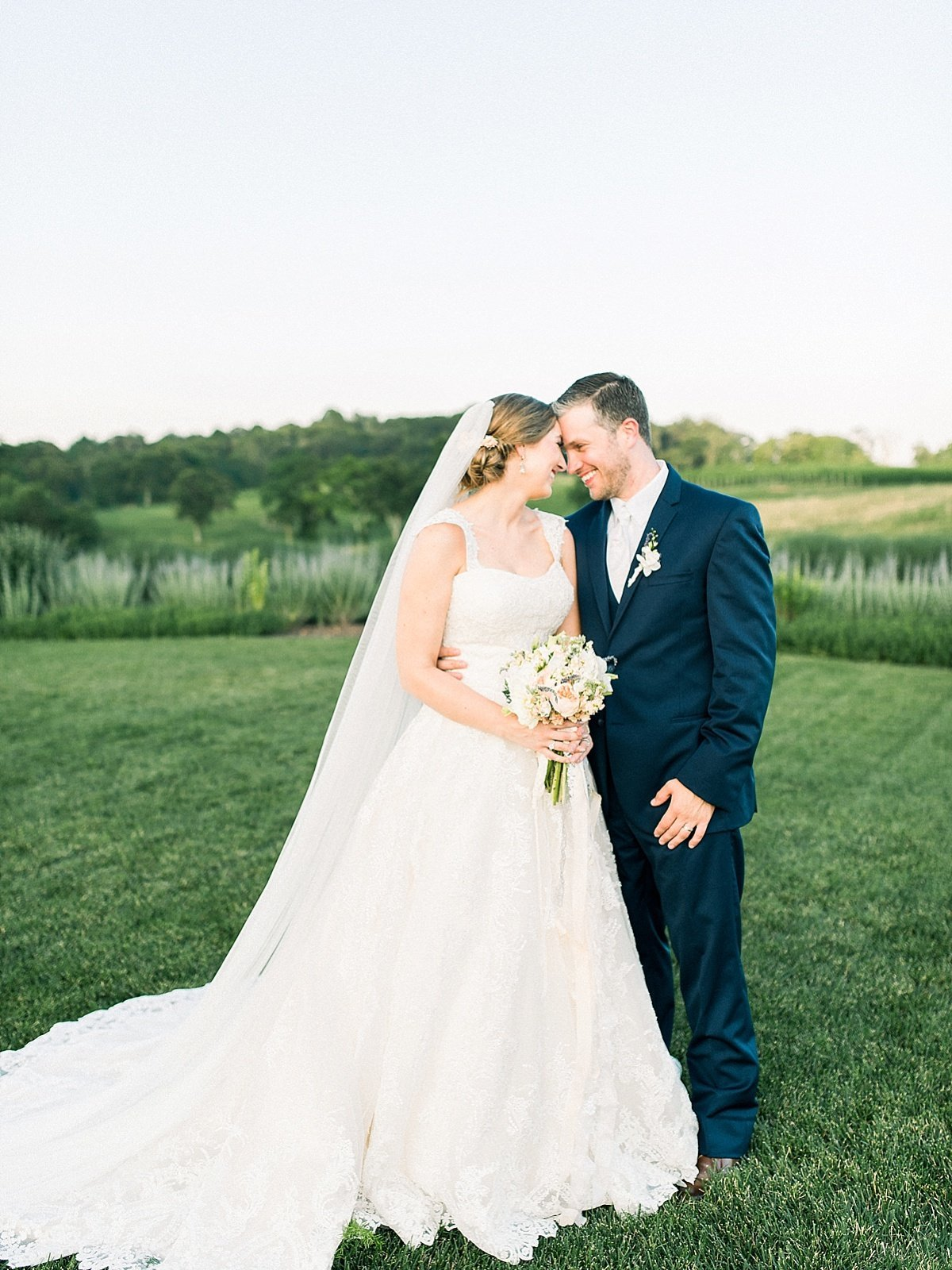 emily-marie-photography-virginia-wedding_0318