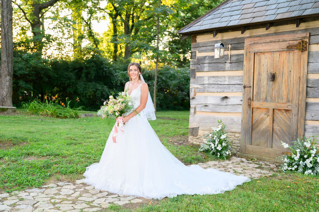 Lynwood Estate - Luxury Richmond Kentucky Wedding Venue - Elegant Estate Wedding 00020