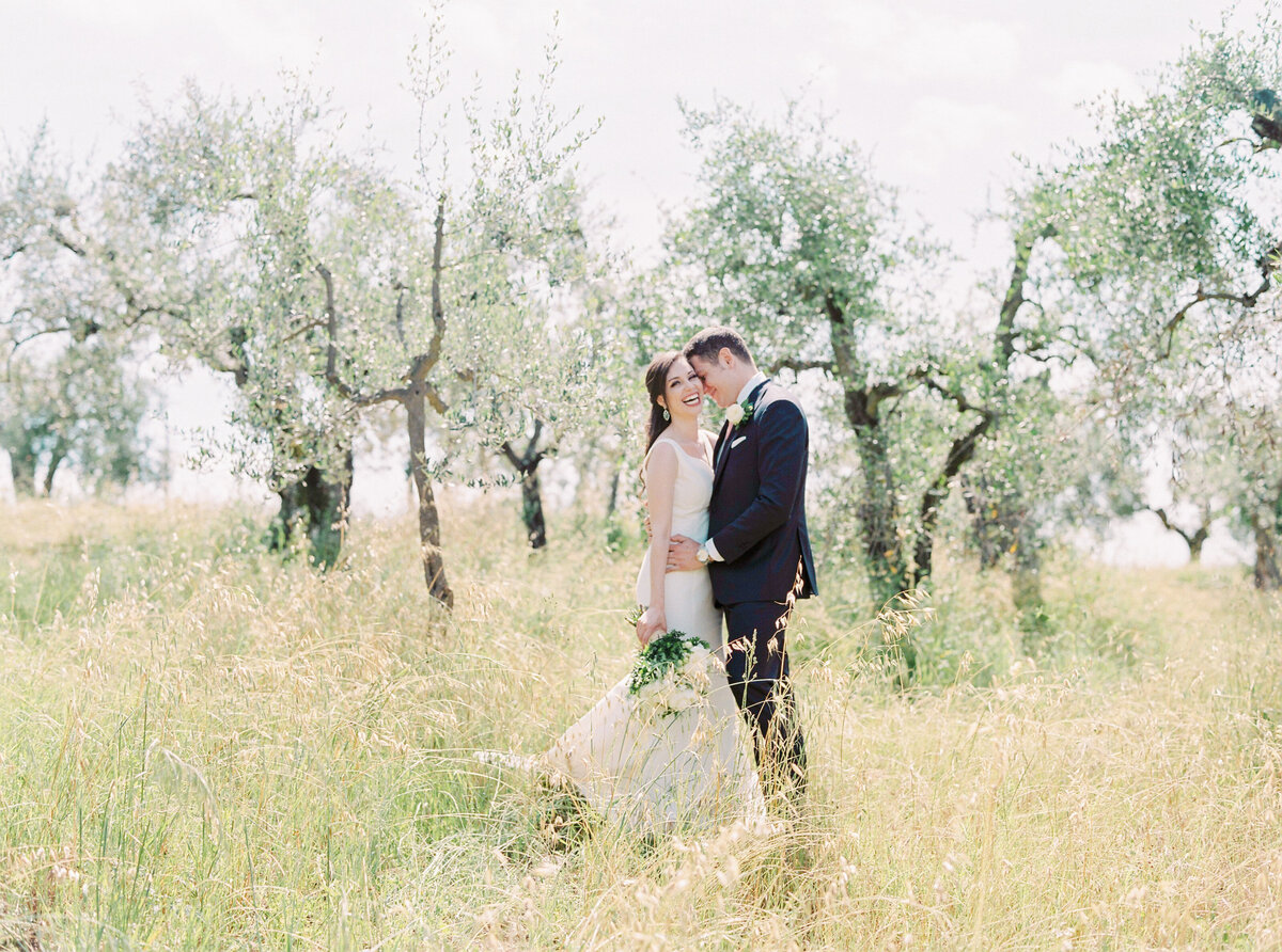 Castello-Il-Palagio-Tuscany-Italy-destination-wedding-Stephanie-Brauer