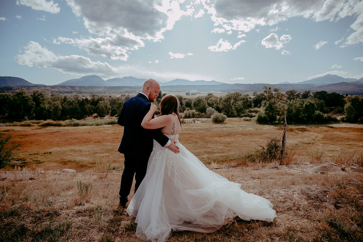 Chelsea Kyaw Photo-Colorado Wedding Photographer-Couple099