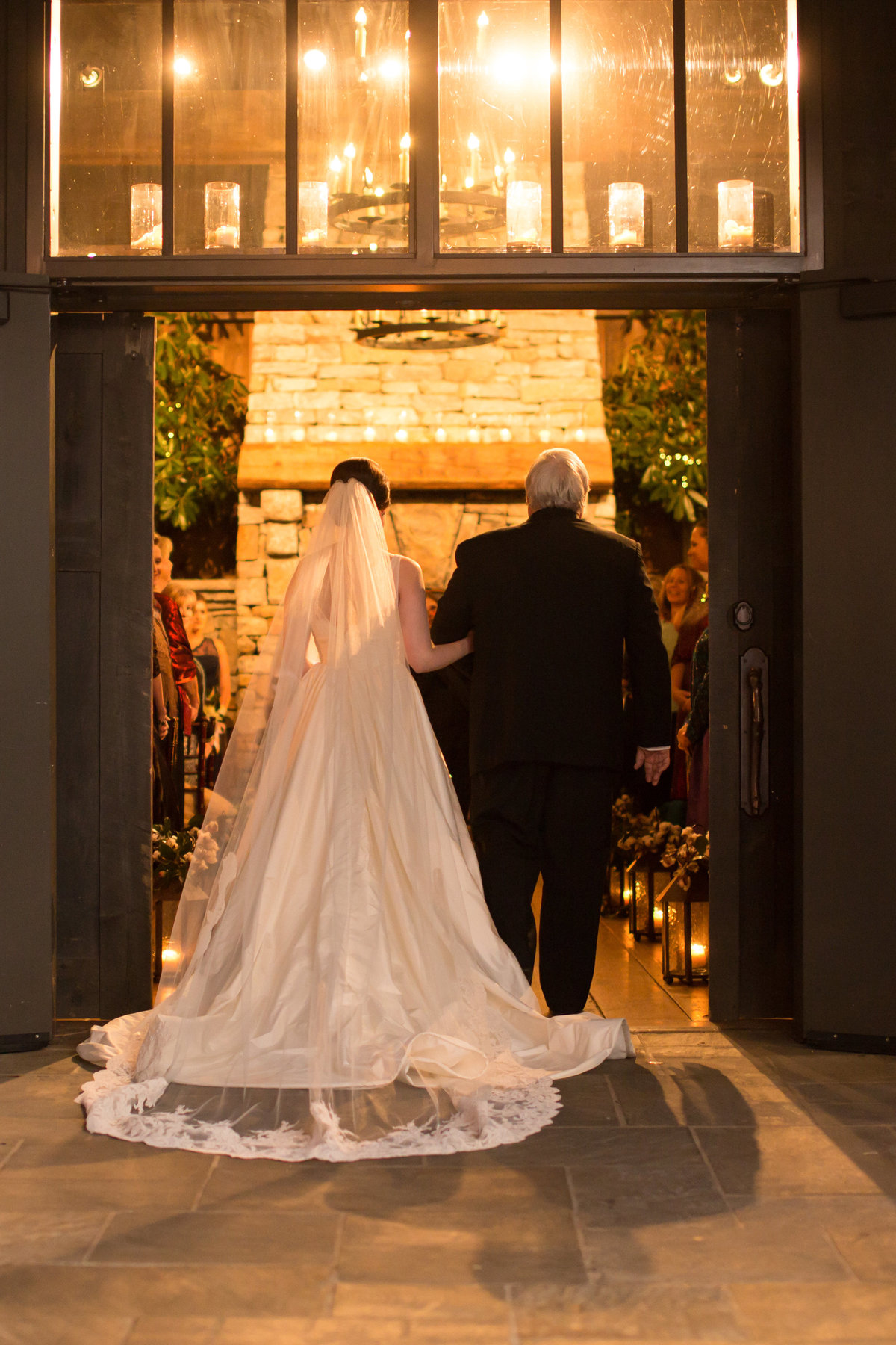 0047_Old-Edwards-Inn-Highlands-NC-Winter-Wedding