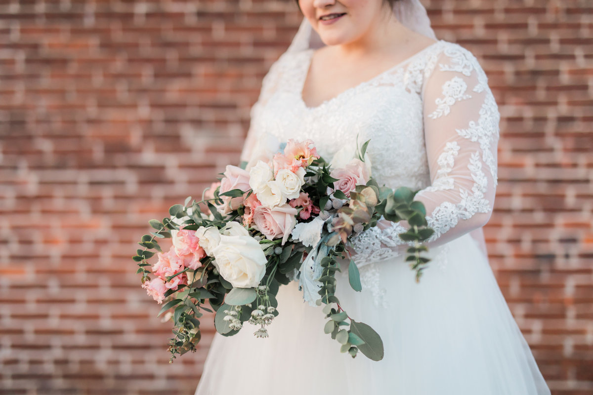 booking house wedding - bridal portraits