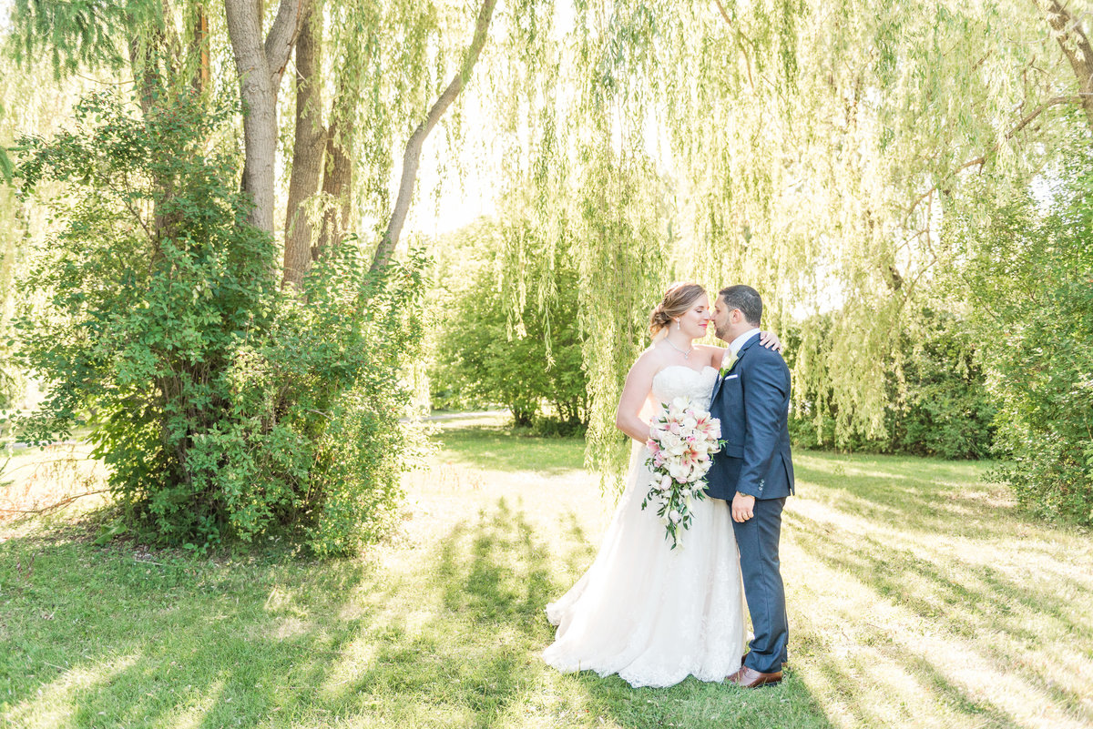 Blush-&-Gold-Cultural-Brookstreet-Wedding-Photos-Ottawa-160435