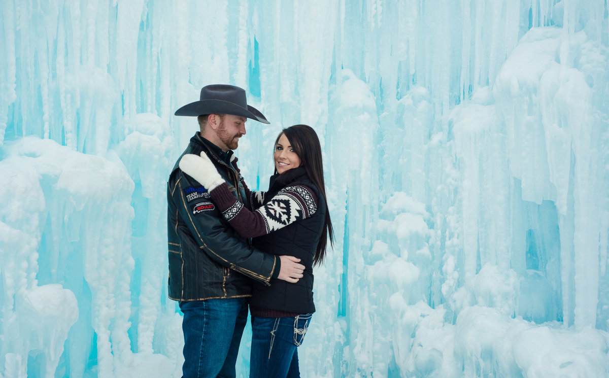 Edmonton-Okotoks-Engagement-Wedding-Photographer-Ice-Castles-YEG-1